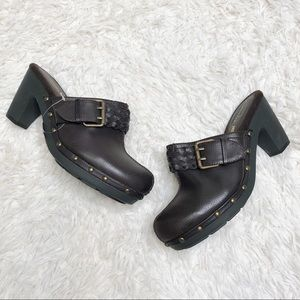NWOT American eagle clog mules brown size 8
